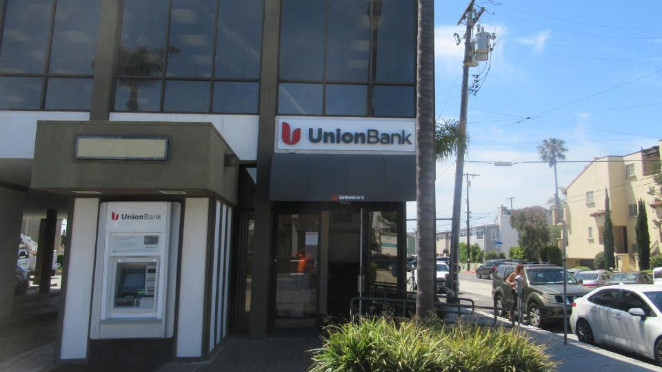 Union Bank Manhattan Beach Branch