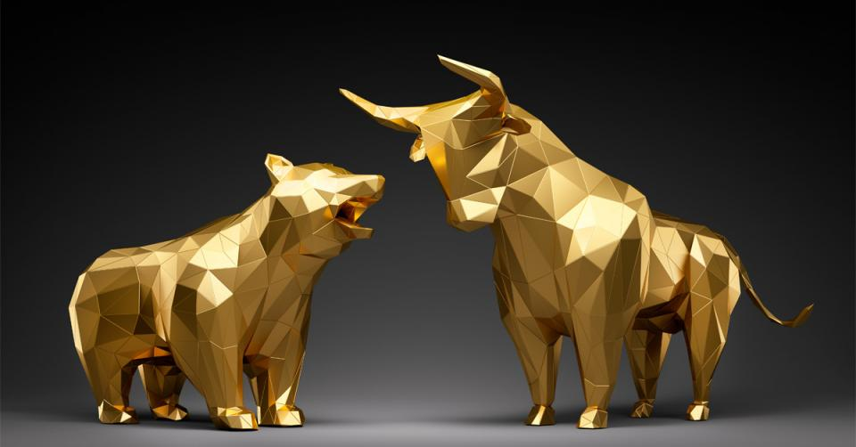 Image of bull and bear