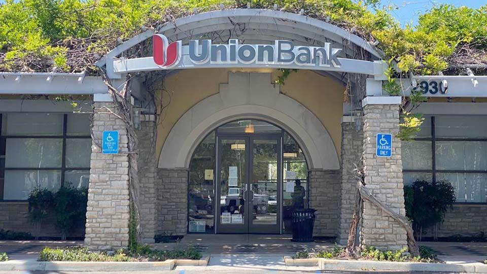 Union Bank Simi Valley El Paseo Branch